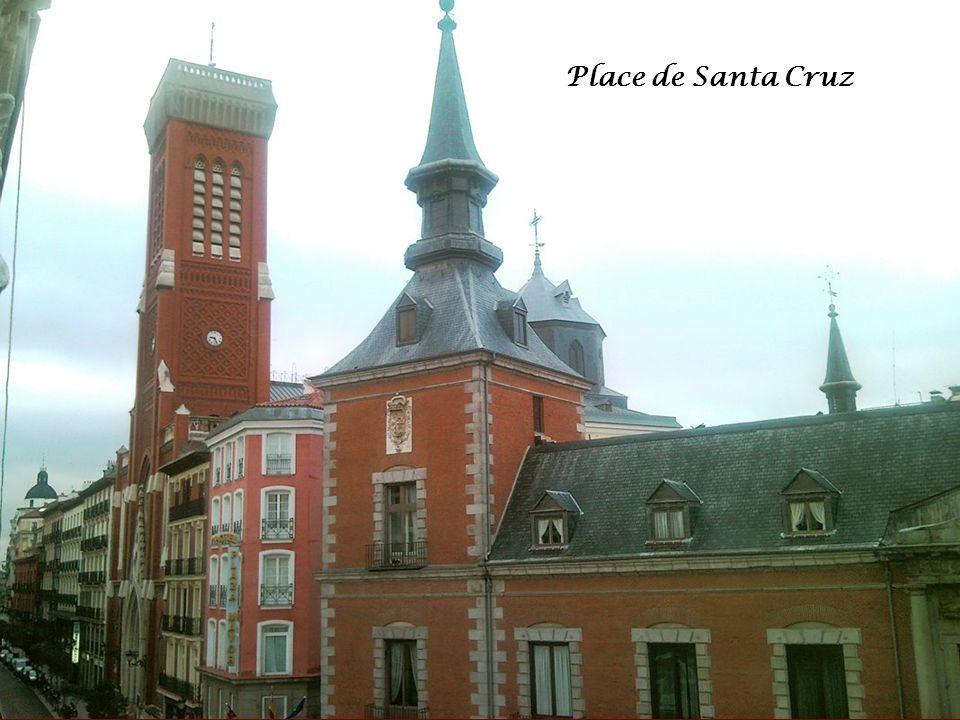 La Puerta del Sol Charles III