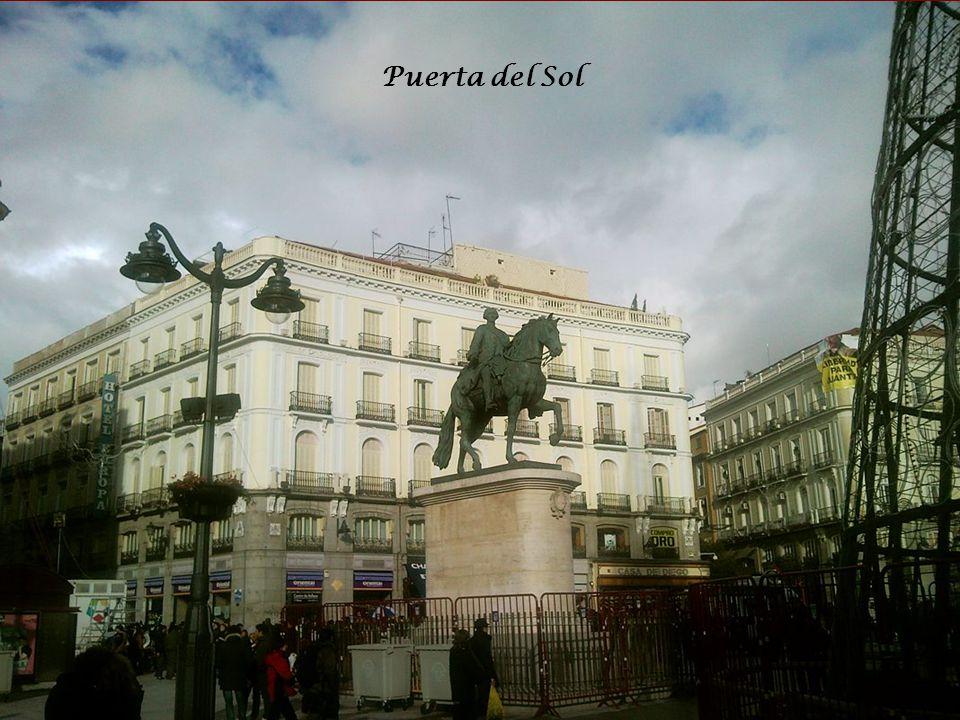La Puerta del Sol Casa de Correos