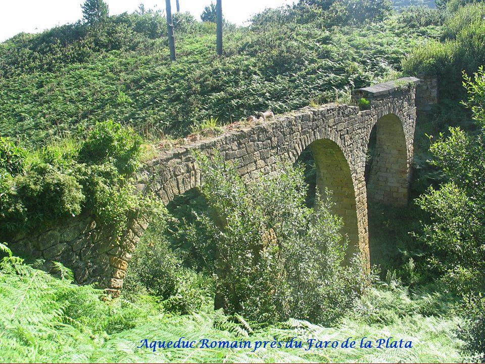 Chemin Santiago et Faro de la Plata