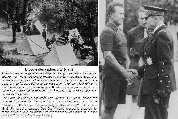 1941 - Lever des Couleurs à l Ecole des cadres d El-Riath (Anne-Lise Duchêne-Marullaz)