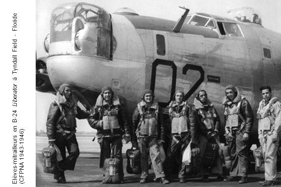 Elèves-mitrailleurs en B-24 Liberator à Tyndall Field - Floride (CFPNA 1943-1946)