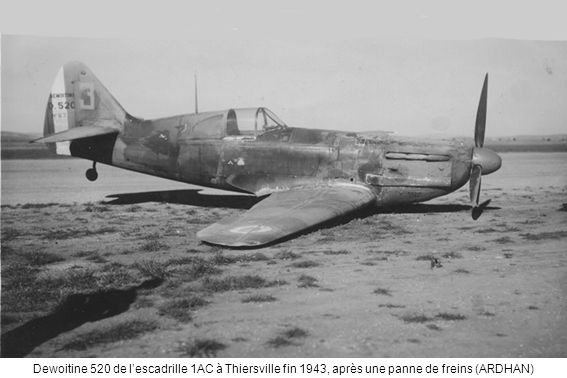 Junkers 52 de lEcole du personnel volant non pilote (EVNP) à Lartigue en 1945 (ARDHAN)