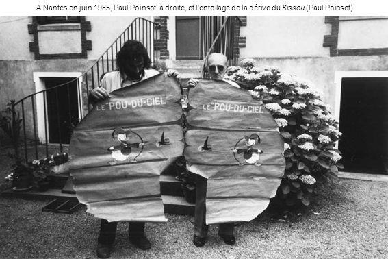 A Nantes en juin 1985, Paul Poinsot, à droite, et lentoilage de la dérive du Kissou (Paul Poinsot)