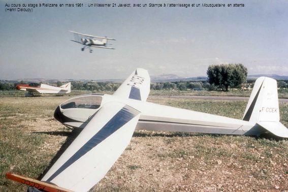 Le lieutenant Pelge en Avia 40p – Ces planeurs ont été modernisés par latelier du SALS-Algérie (Max Pelge)