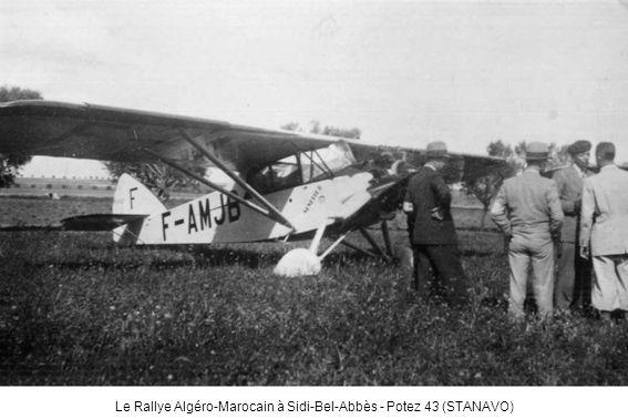 Le Rallye Algéro-Marocain à La Sénia - Concurrent anglais en De Havilland 80 Puss Moth (STANAVO)