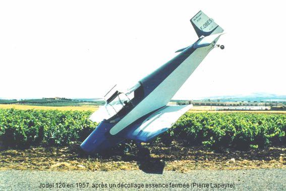 Jodel 120 en 1957, après un décollage essence fermée (Pierre Lapeyre)