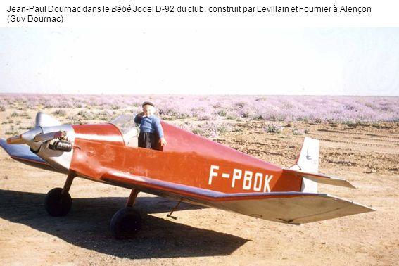 Jean-Paul Dournac dans le Bébé Jodel D-92 du club, construit par Levillain et Fournier à Alençon (Guy Dournac)
