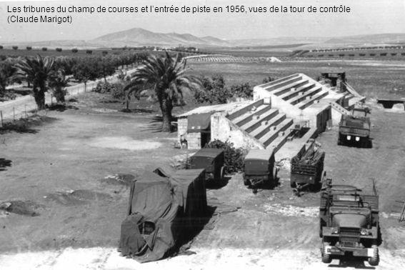 Les tribunes du champ de courses et lentrée de piste en 1956, vues de la tour de contrôle (Claude Marigot)
