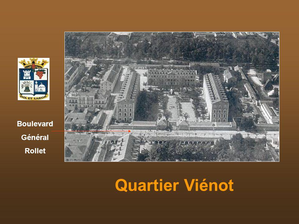 Quartiers de la Légion Jardin public Piscine et Foyer du Légionnaire Quartier Viénot