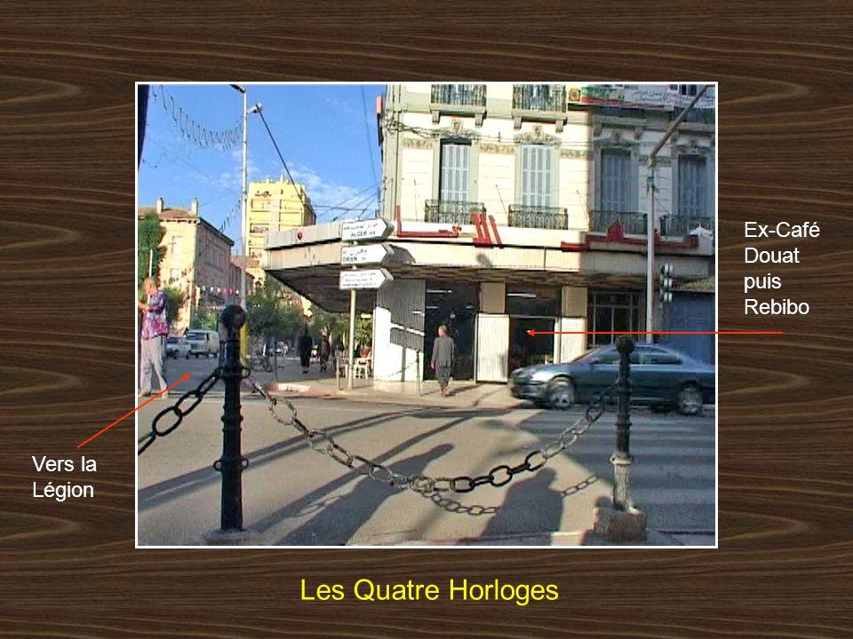 Place Carnot Les Quatre Horloges Vers Glacis sud Hôtel Mekerra