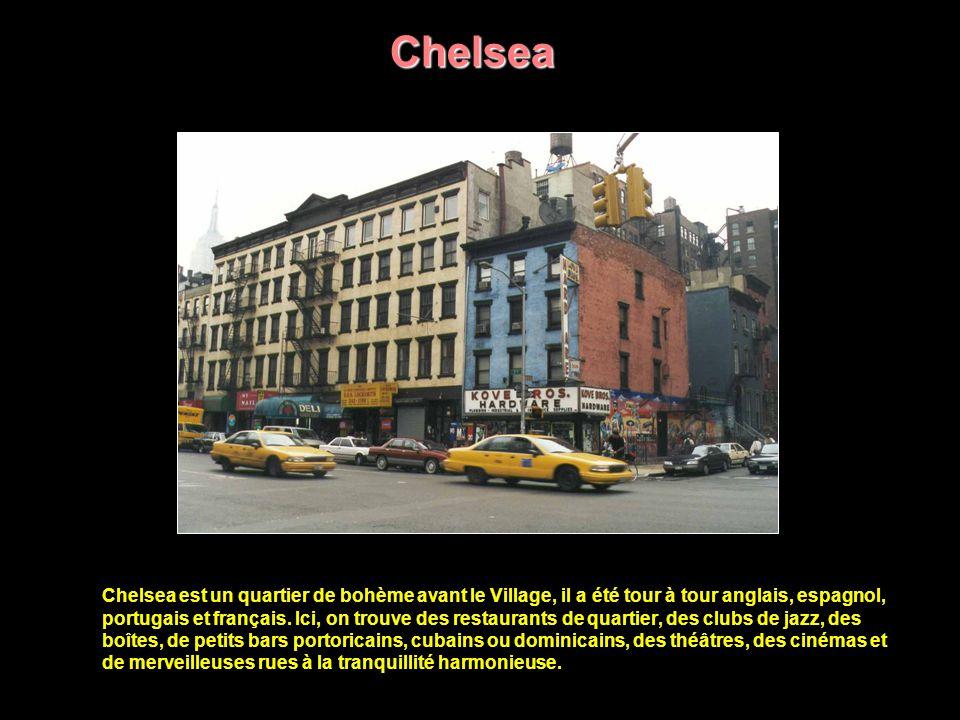 Lower East Side Pour des générations de New-Yorkais, le Lower East Side évoque un passé de pleurs et de fous rires, d espoirs et de déceptions - l époque où leurs ancêtres fraîchement débarqués des ghettos d Europe de l Est et de Russie découvraient les réalités de l Eldorado américain.