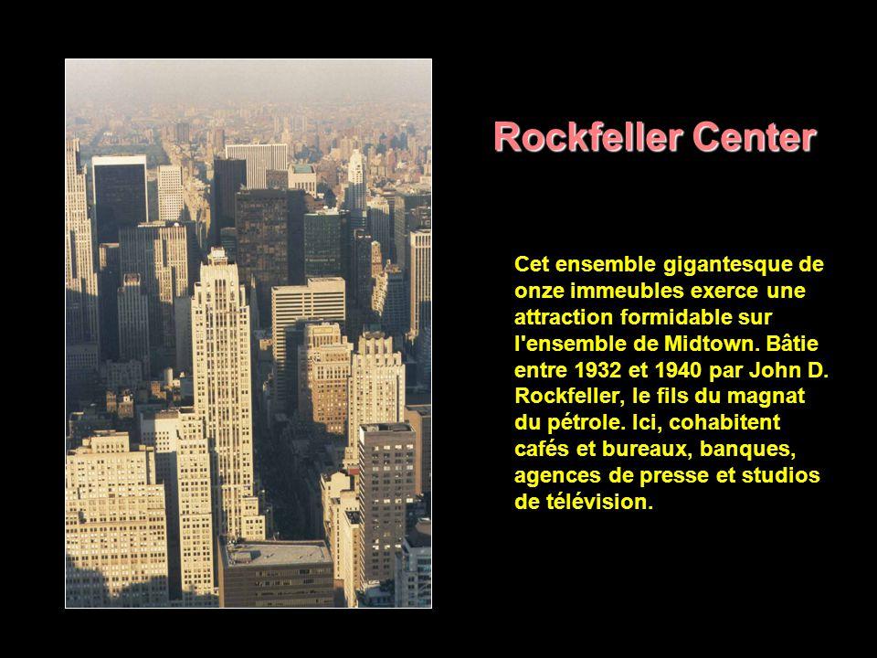 Midtown Midtown est le centre des affaires de Manhattan et le plus grand magasin du monde: - les Department stores -, célèbres galeries de peinture, boutiques de mode, restaurants chers, hôtels de luxe, entreprises internationales, banques, journaux, éditeurs se succèdent sur les avenues.
