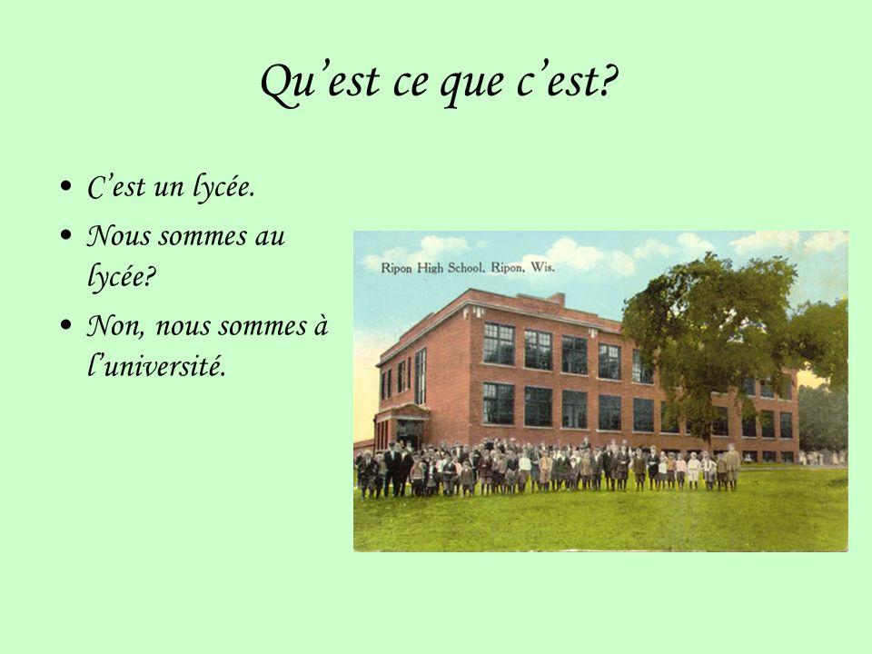 Quest ce que cest.Cest luniversité de Paris. Elle sappelle la Sorbonne.