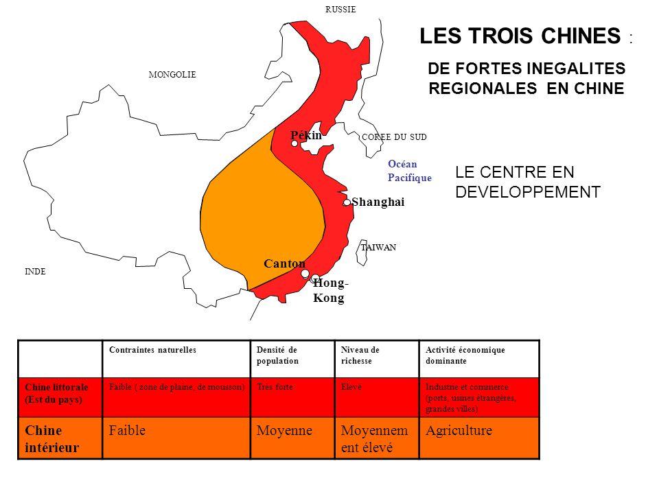 TAIWAN Contraintes naturellesDensité de population Niveau de richesse Activité économique dominante Chine littorale (Est du pays) Faible ( zone de pla
