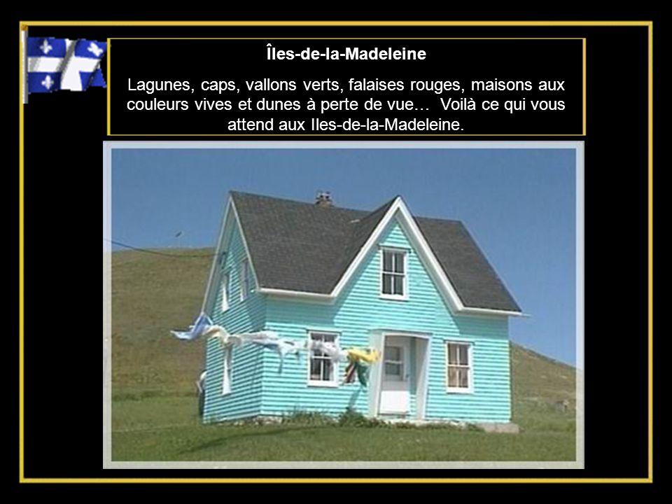 Îles-de-la-Madeleine Lagunes, caps, vallons verts, falaises rouges, maisons aux couleurs vives et dunes à perte de vue… Voilà ce qui vous attend aux Iles-de-la-Madeleine.