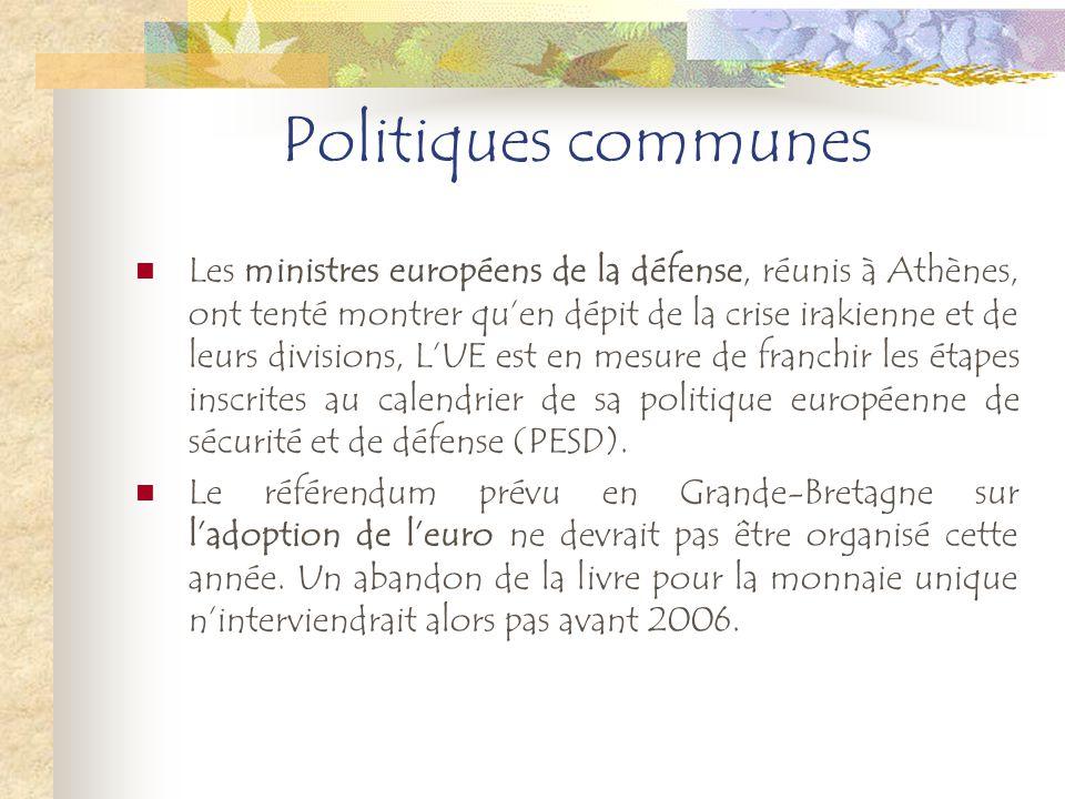 Religion La France ne souhaite pas « rouvrir la boîte de Pandore » dune référence à lhéritage religieux de lEurope dans la future Constitution de lUnion européenne.
