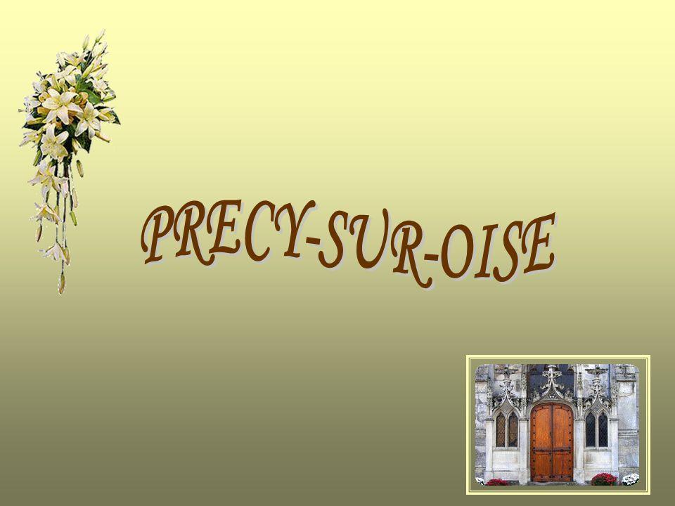 La Picardie est une région très riche en Histoire et il fait bon flâner dans ses villages qui ont gardé tout leur aspect dantan avec leurs petits commerces et leur patrimoine.