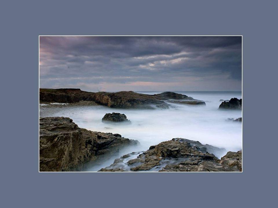 L'éternité, c'est la mer qui se confond avec le soleil. Arthur Rimbaud