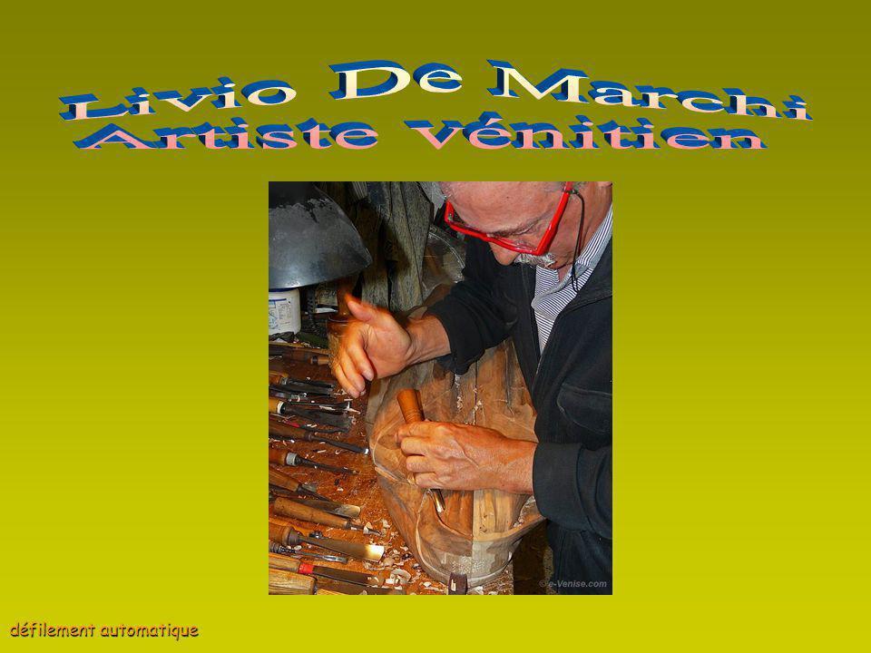 Mr Livio De Marchi vit à Venise où il se balade en voiture