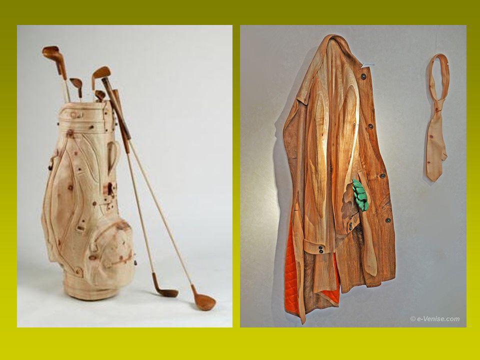 Veste, chapeau, cravate, chaussures … Oui tout est en bois