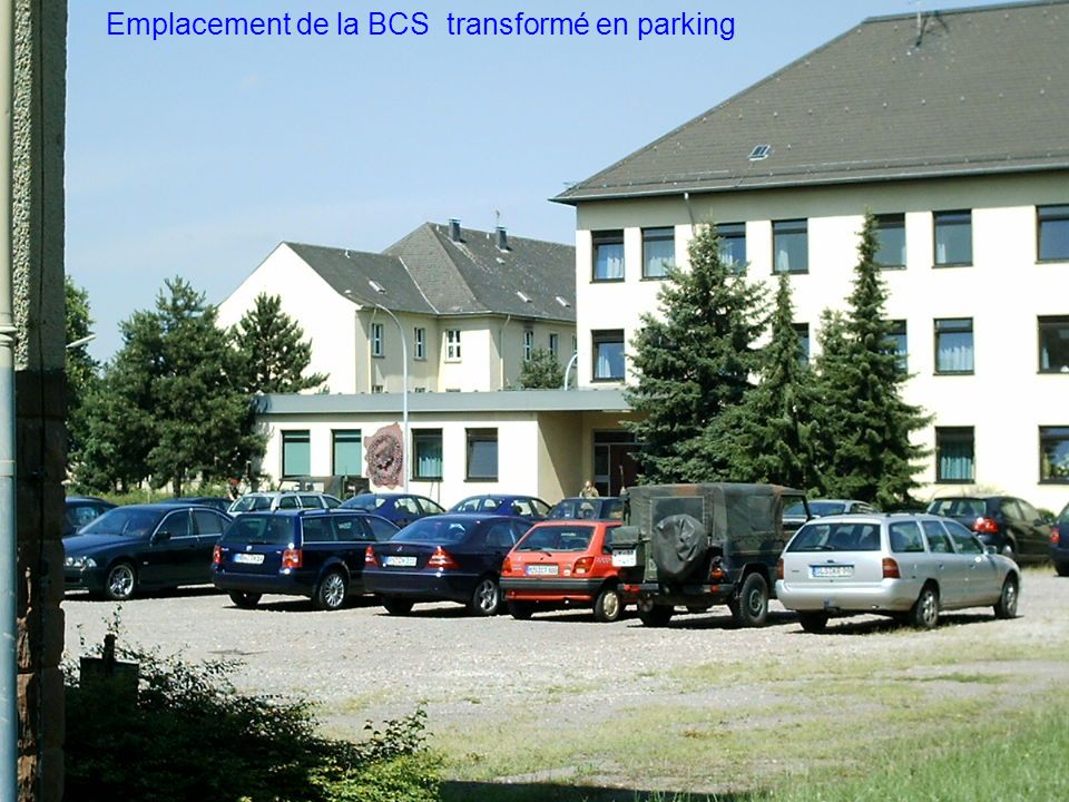 Emplacement de la BCS transformé en parking