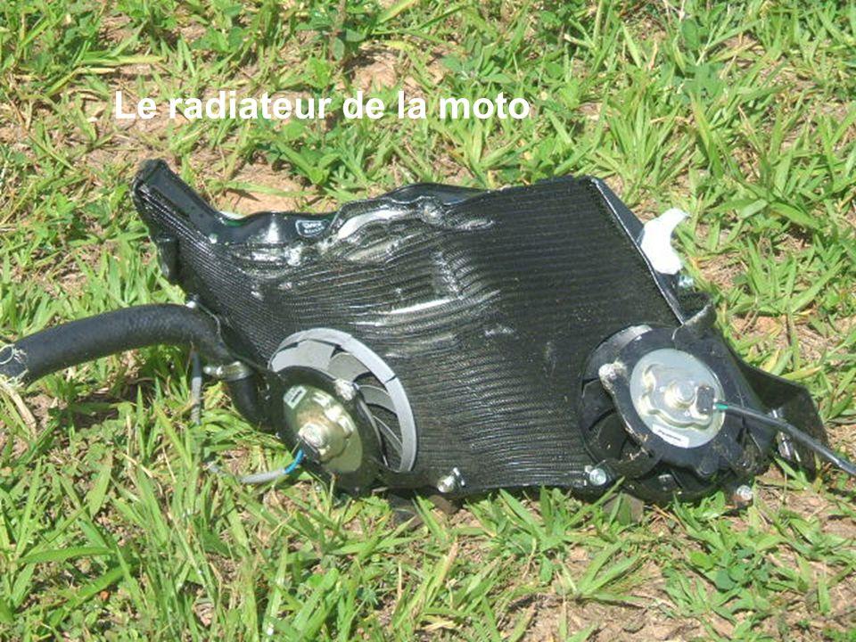 Le radiateur de la moto