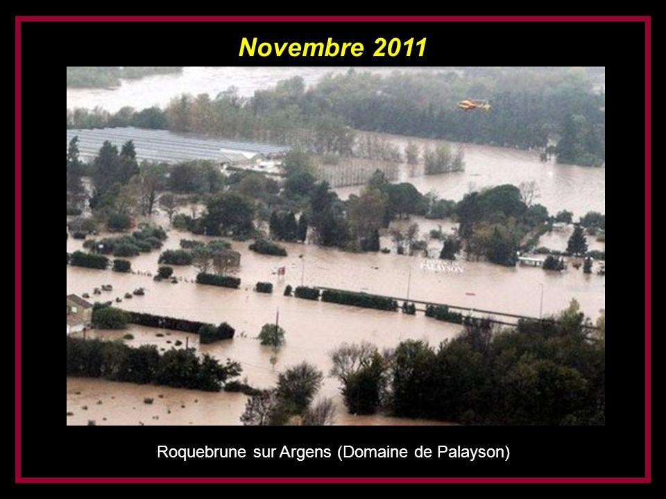 Novembre 2011 Roquebrune sur Argens (village en haut à gauche)