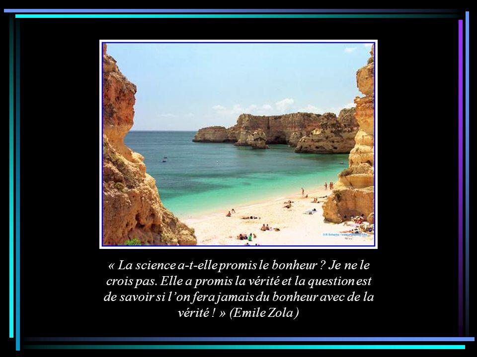 « Le Bonheur date de la plus haute Antiquité. Il est quand même tout neuf car il a peu servi. » ( A. Vialatte )