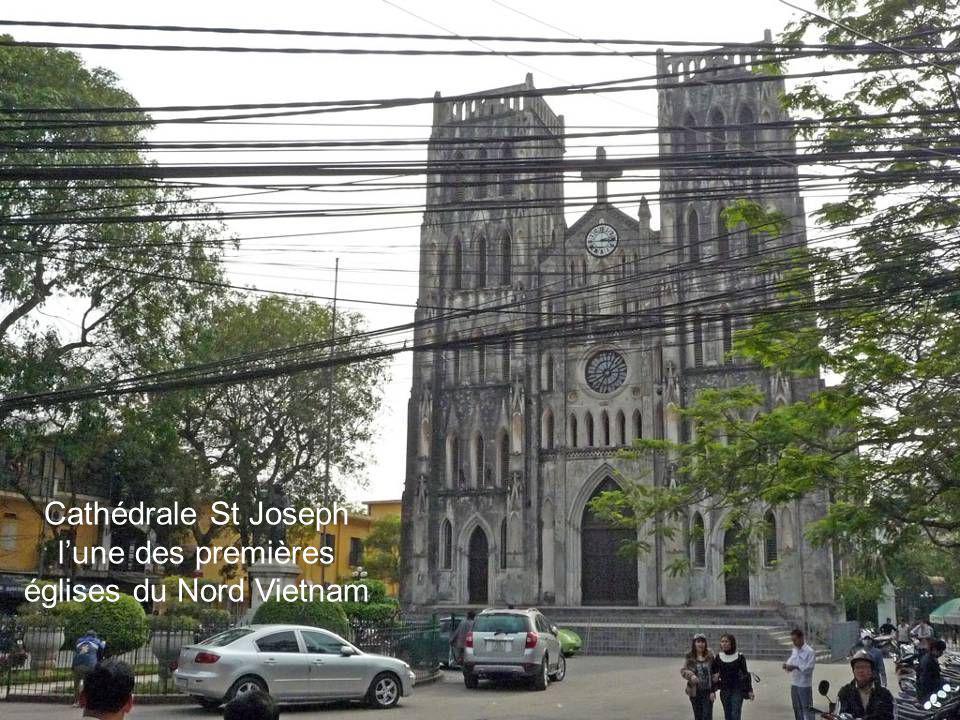 Hanoï compte plus de 300 édifices, datant pour la plupart du XIe siècle, profanes ou sacrés qui méritent une visite.