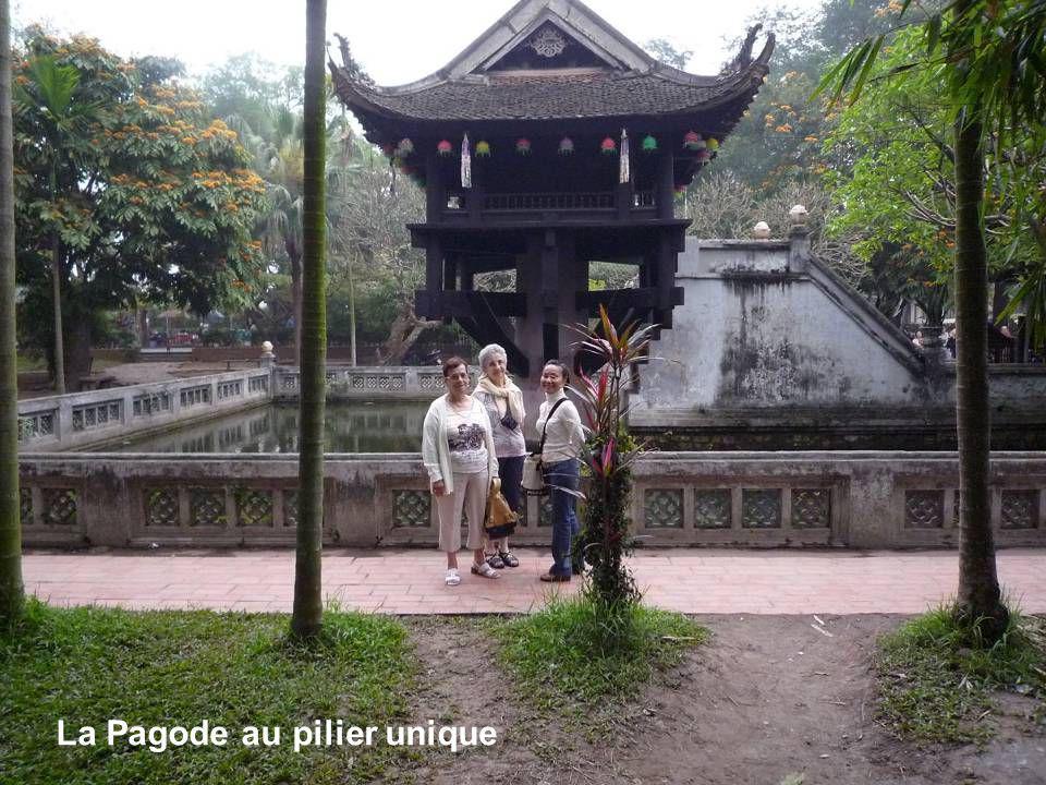 Cathédrale St Joseph lune des premières églises du Nord Vietnam