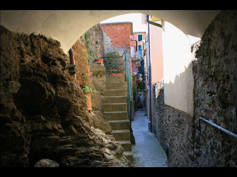 Une allée typique de Vernazza