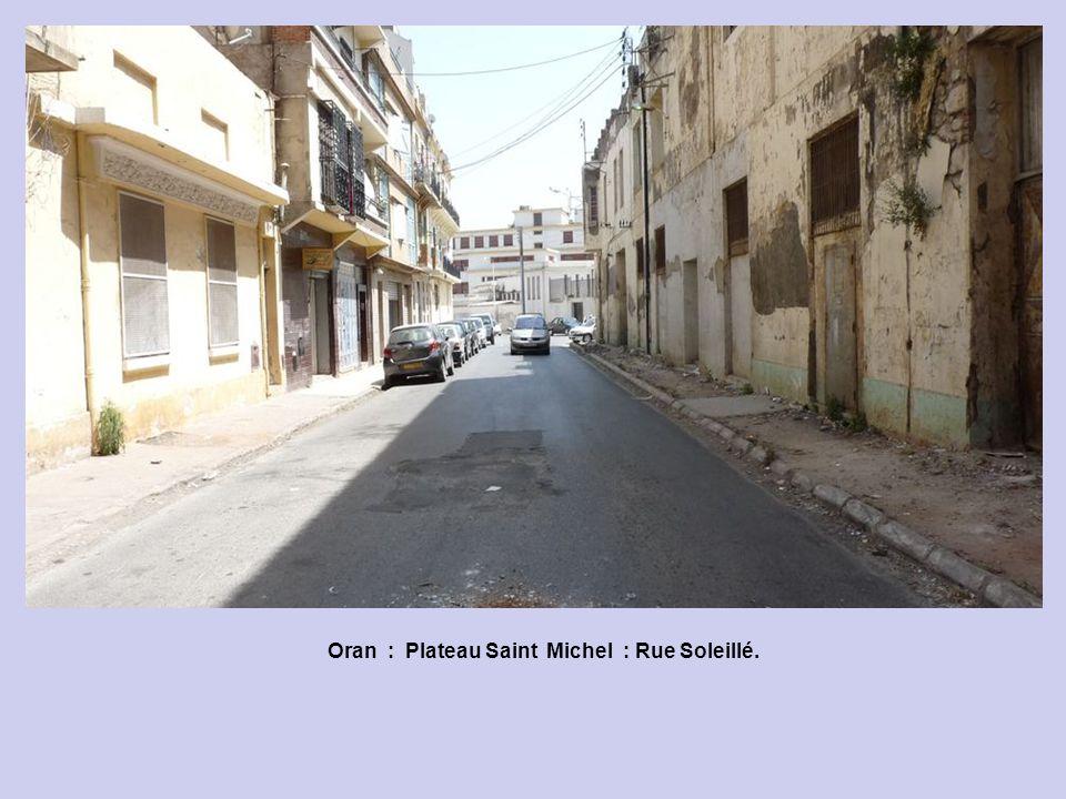 Oran : Rue Claude Bernard.