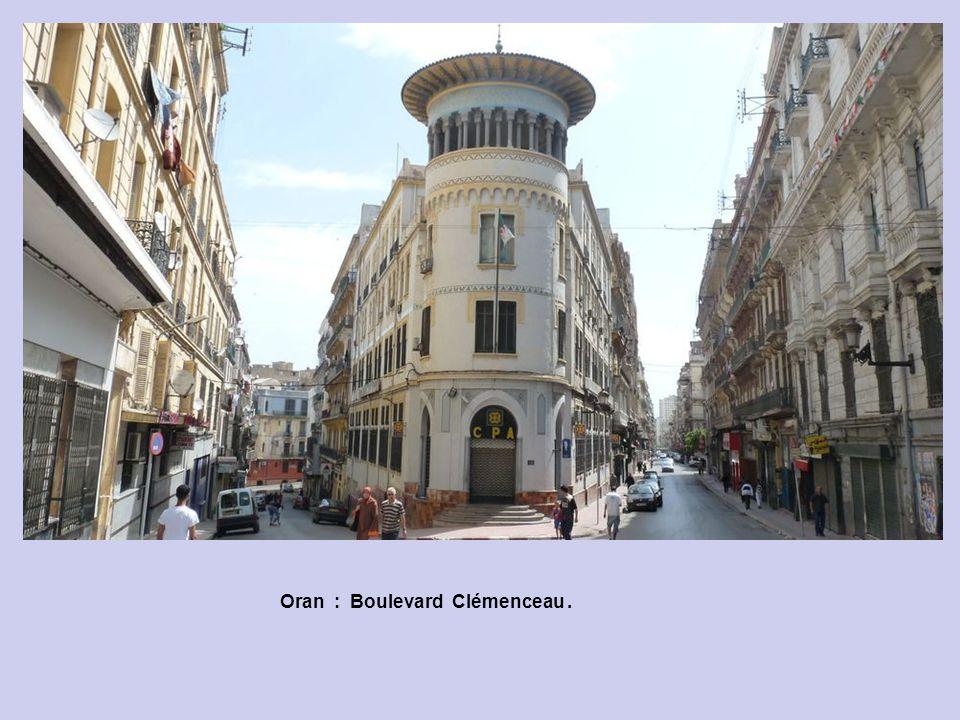 Oran : Boulevard Clémenceau.