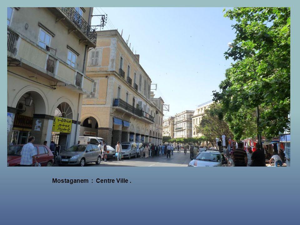 Mostaganem : La Mairie.