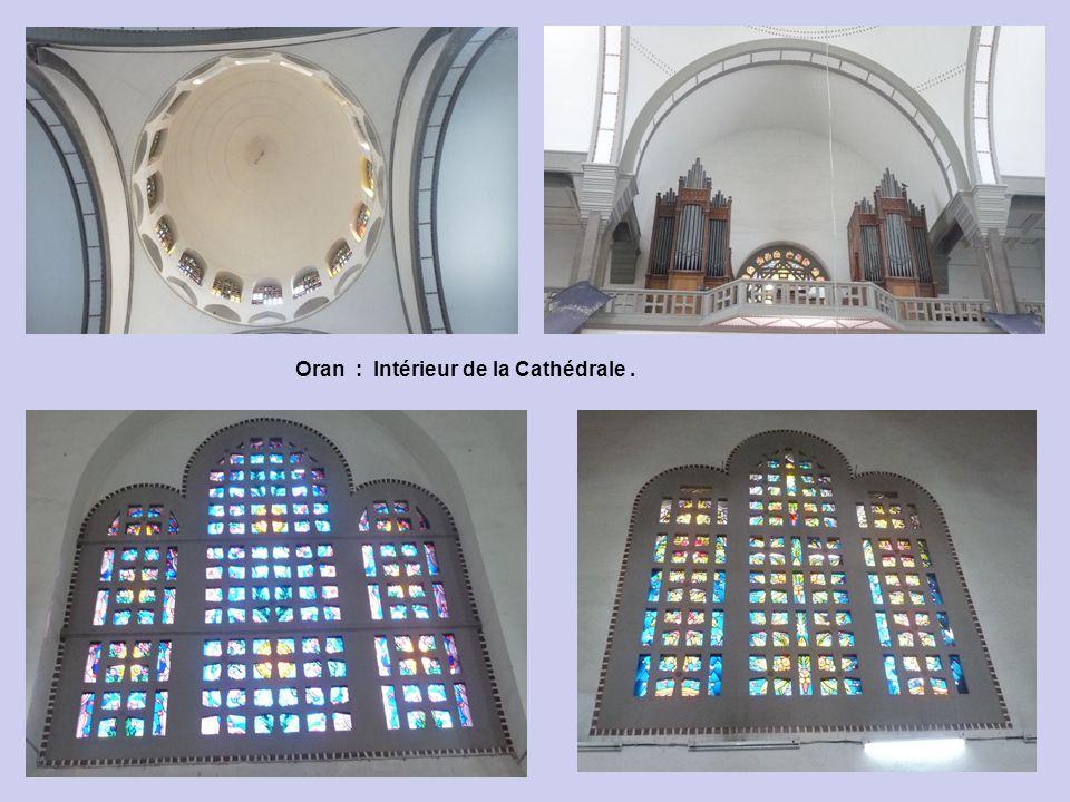 Oran : Intérieur de la Cathédrale.