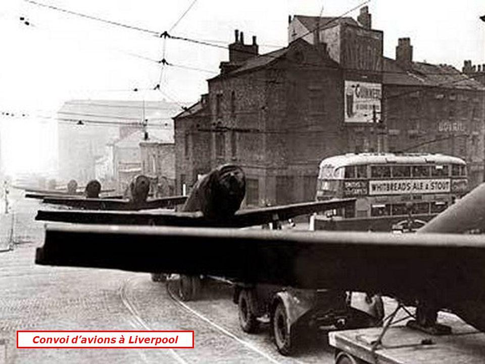 Convoi davions à Liverpool