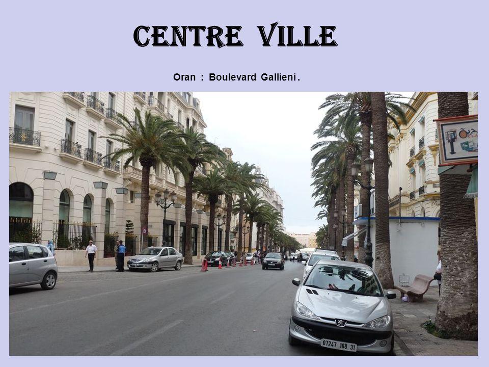 Oran : Boulevard Gallieni. Centre ville