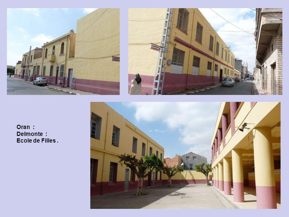 Oran : Delmonte : Place près de lHôtel Colombe : les 4 coins.