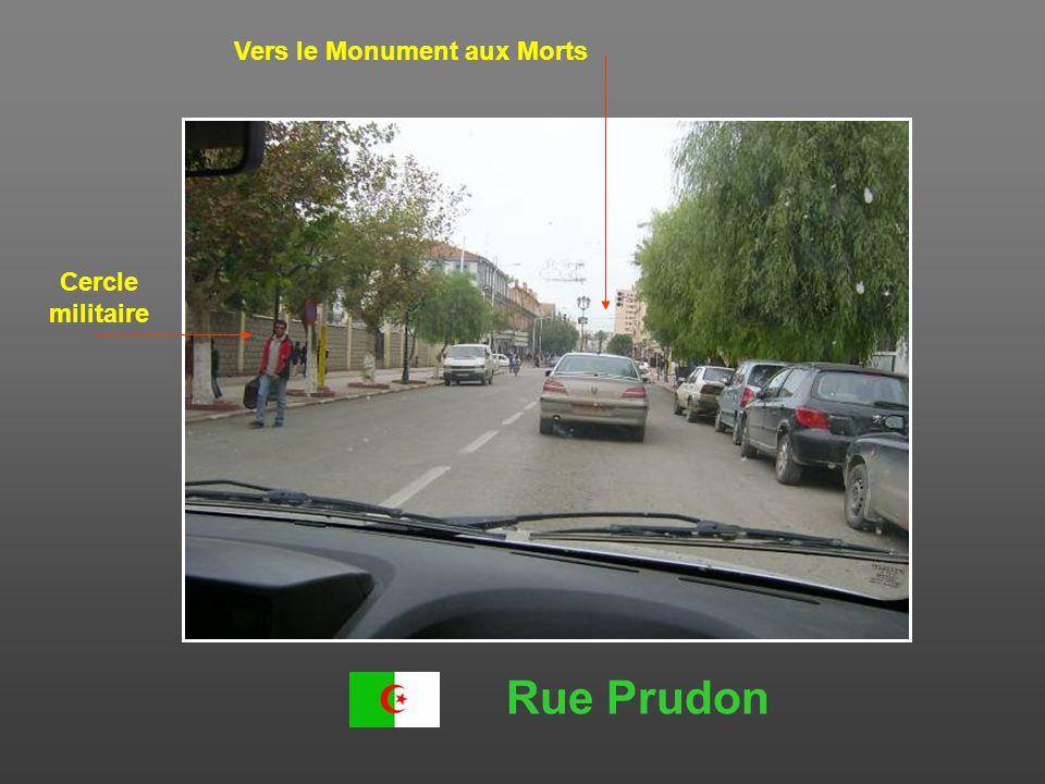 Rue Prudon et carrefour des 4 horloges Ex-Café Grondonna Ex-Café Douat Vers glacis sud