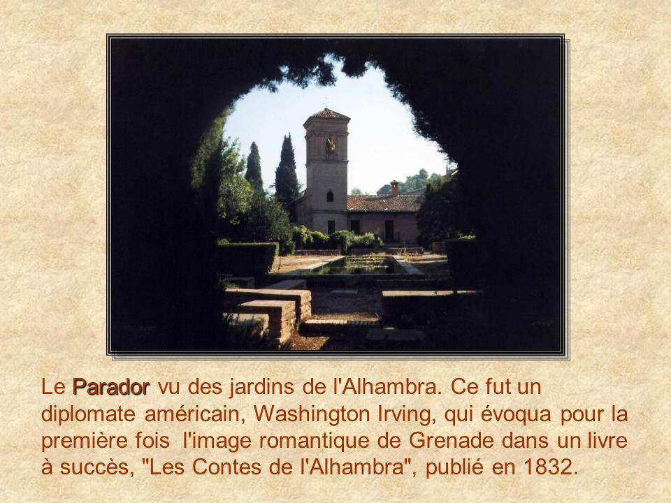 cathédrale de Grenade Vue partielle de la cathédrale de Grenade. Diego de Siloé fut chargé de sa construction en 1528, mais la façade est d'Alonso Can