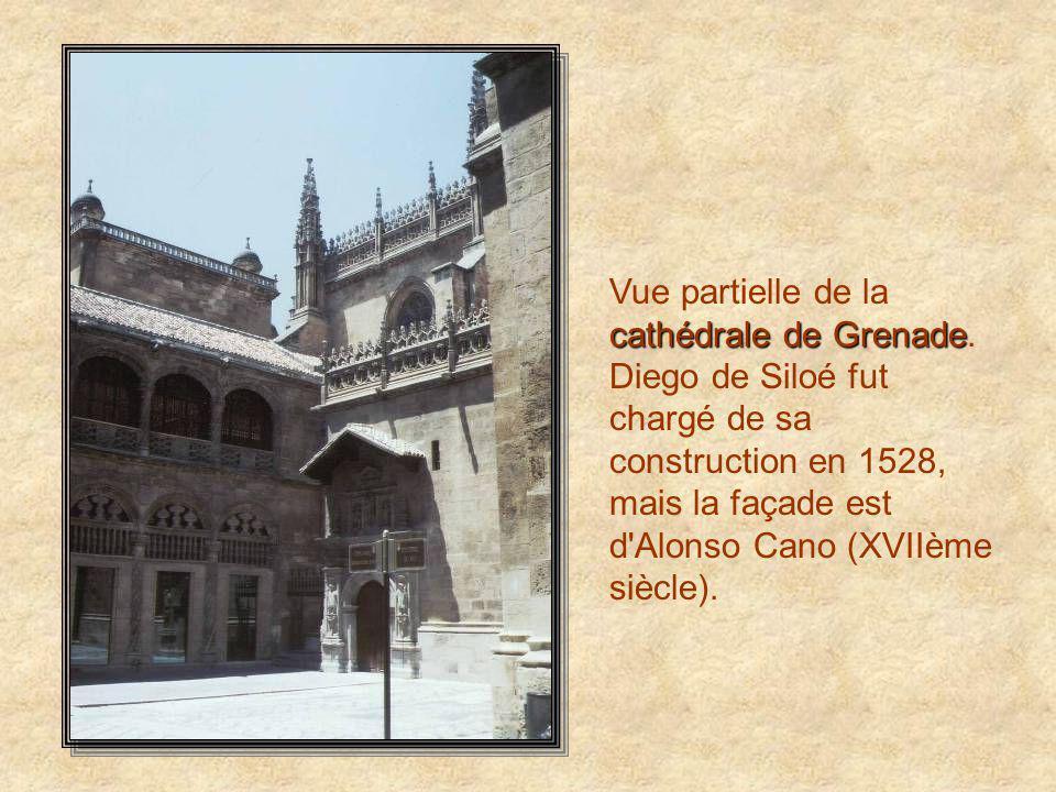 L'Alhambra L'Alhambra ou Calat Al-Hamra, le Château Rouge, est un des sites essentiels de l'Espagne, et le point de raffinement extrême de l'architect