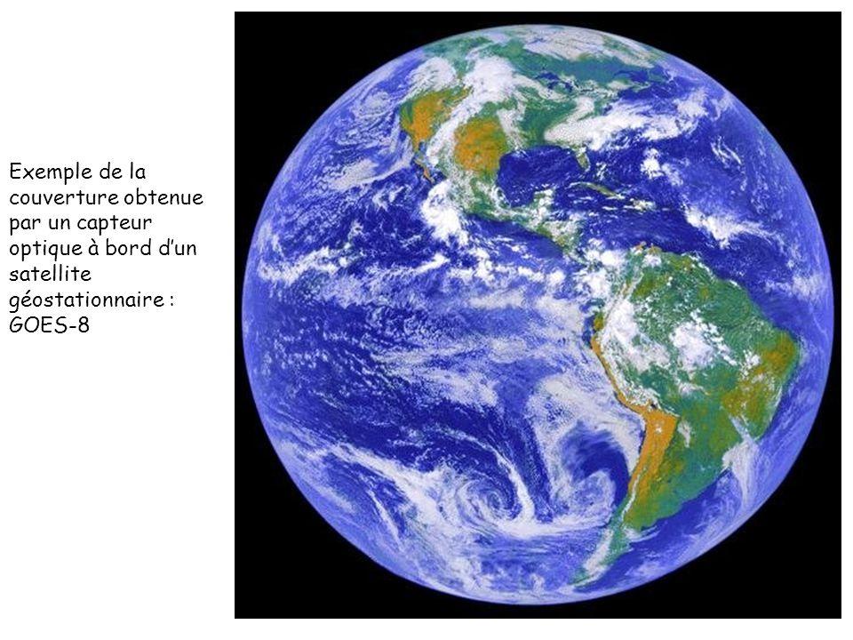 Exemple de la couverture obtenue par un capteur optique à bord dun satellite géostationnaire : GOES-8