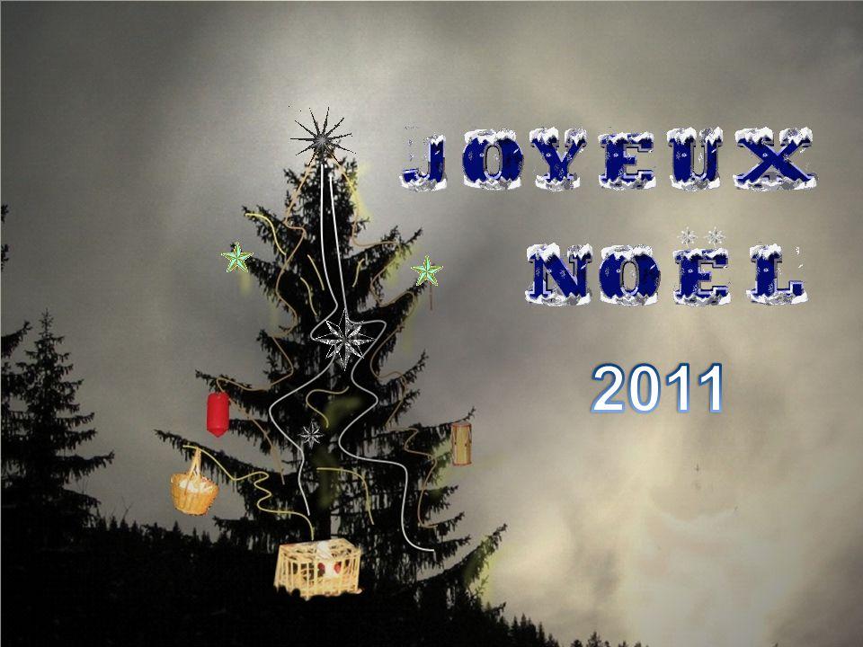 Des fils dor et dargent, des lambeaux de leurs voiles Et cest ainsi quon vit, au pays dIsraël Le premier arbre de Noël.