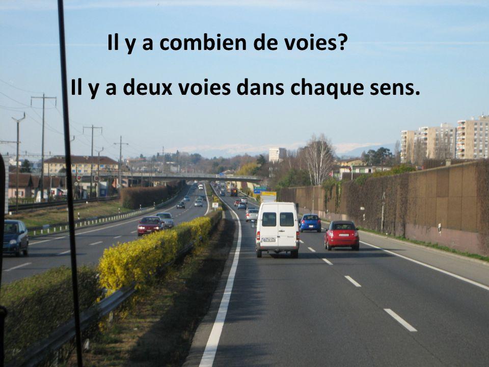 Qui ne peut pas rouler Les automobilistes dans les voies à droite ne peuvent pas rouler.