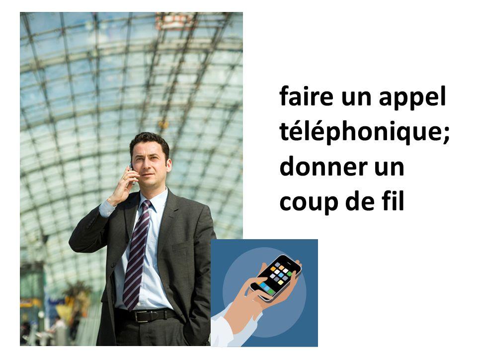 un téléphone à touches Cest quelle sorte de téléphone?