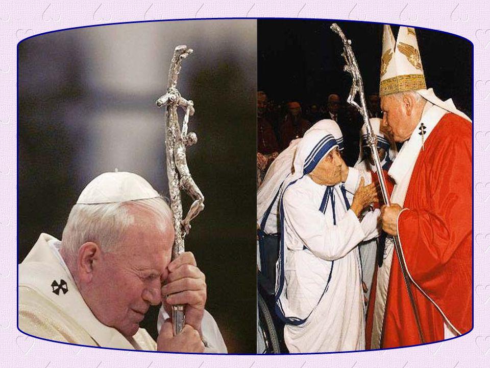 Aide-moi à devenir un chrétien vrai, à n avoir pas honte de montrer au monde entier la Croix; aide-moi à devenir un témoin courageux comme Jean-Paul II.