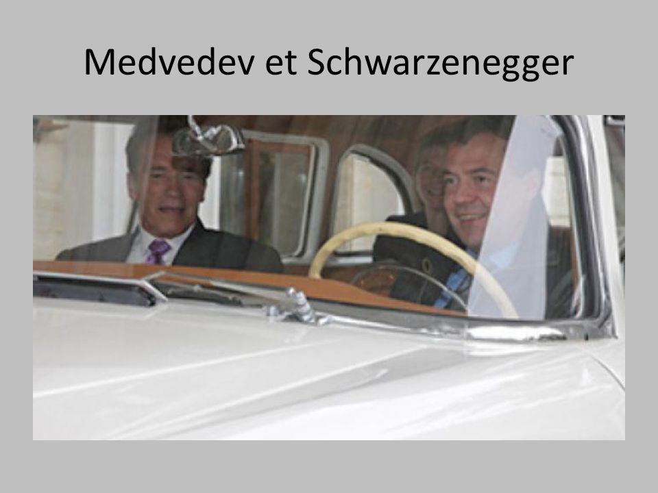 Medvedev et Schwarzenegger