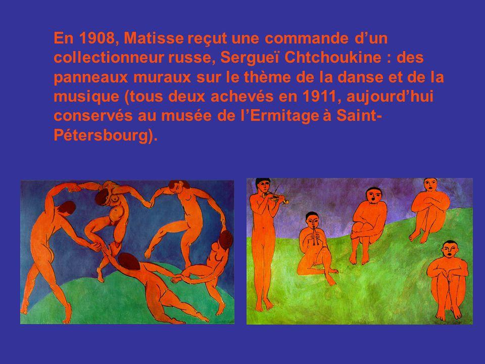 Matisse rapporta de voyages au Maroc et à Tahiti un goût marqué pour des paysages clairs et fluides, les corps opulents des odalisques, les couleurs chaudes des intérieurs exotiques.
