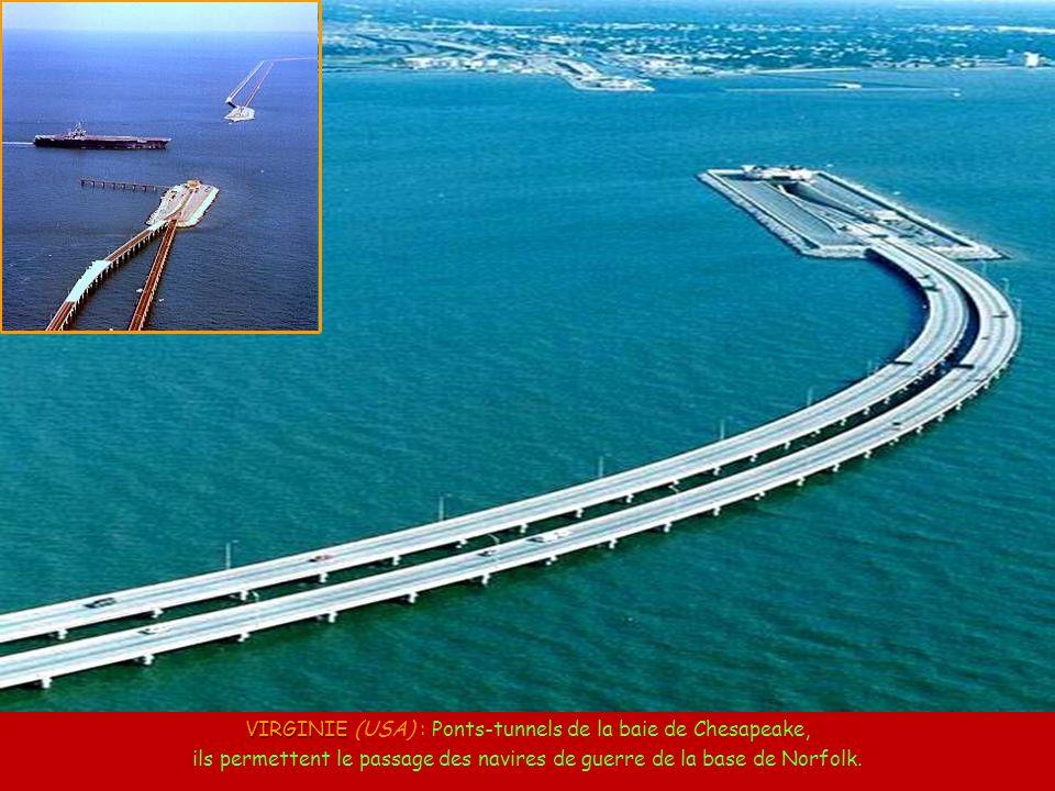 CHINE CHINE: Pont inversé entre la Chine et Hong Kong, car la circulation à Hong Kong se fait à gauche.
