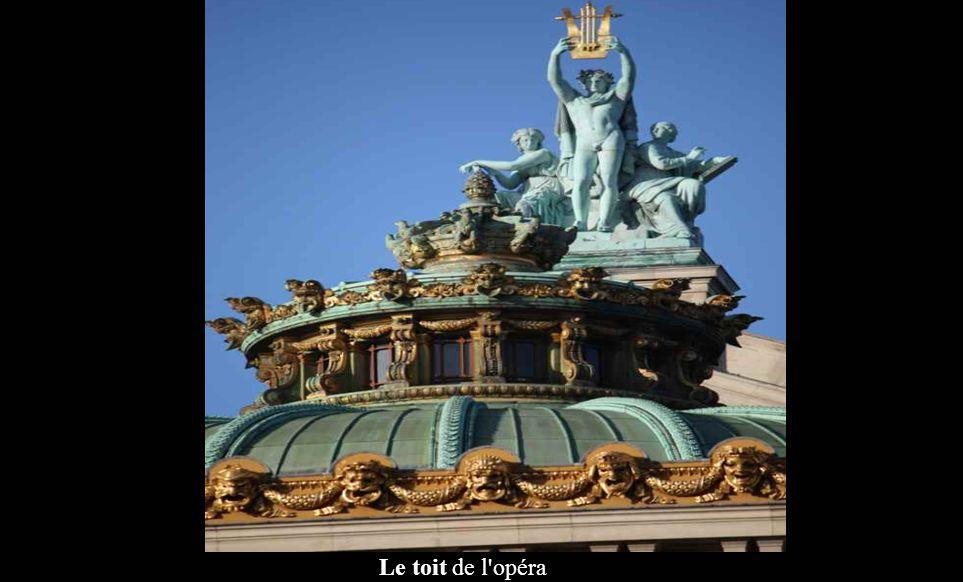 Pariss Bees01 Paris, opéra Garnier.